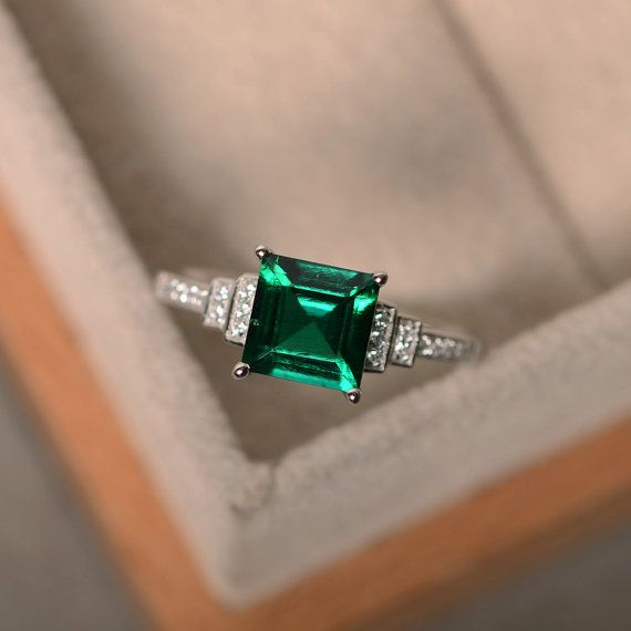 2 5 CT Princess Cut Green Emerald Wedding Ring in 14K White Gold