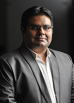 Puneet Mehta (Associate Manager � Information Technology)
