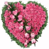 51 Pink Roses in Heart Shape