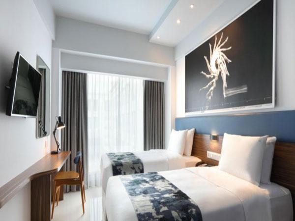 Holiday-inn-Express-Baruna-room-1.jpg
