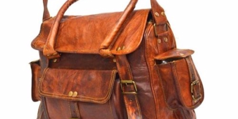 02e4d74f14c8 SHOP LEATHER BAGS ONLINE  TRENDS TO LOOK FORWARD - BigStartups