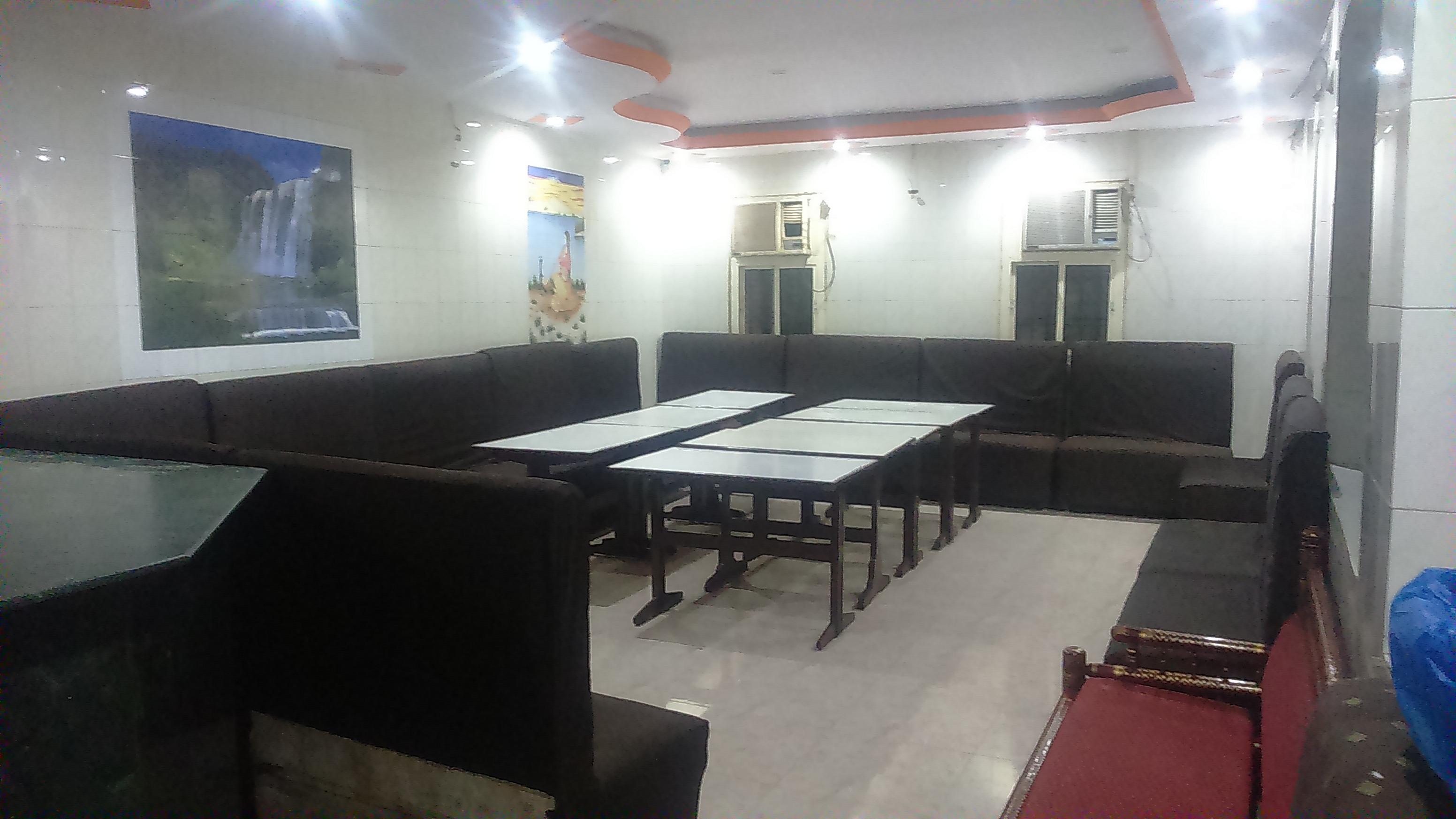 Madhu Mewad Bhojnalaya_image0