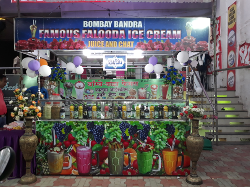 Bombay Bandra Famous Faluda And Chaat_image3