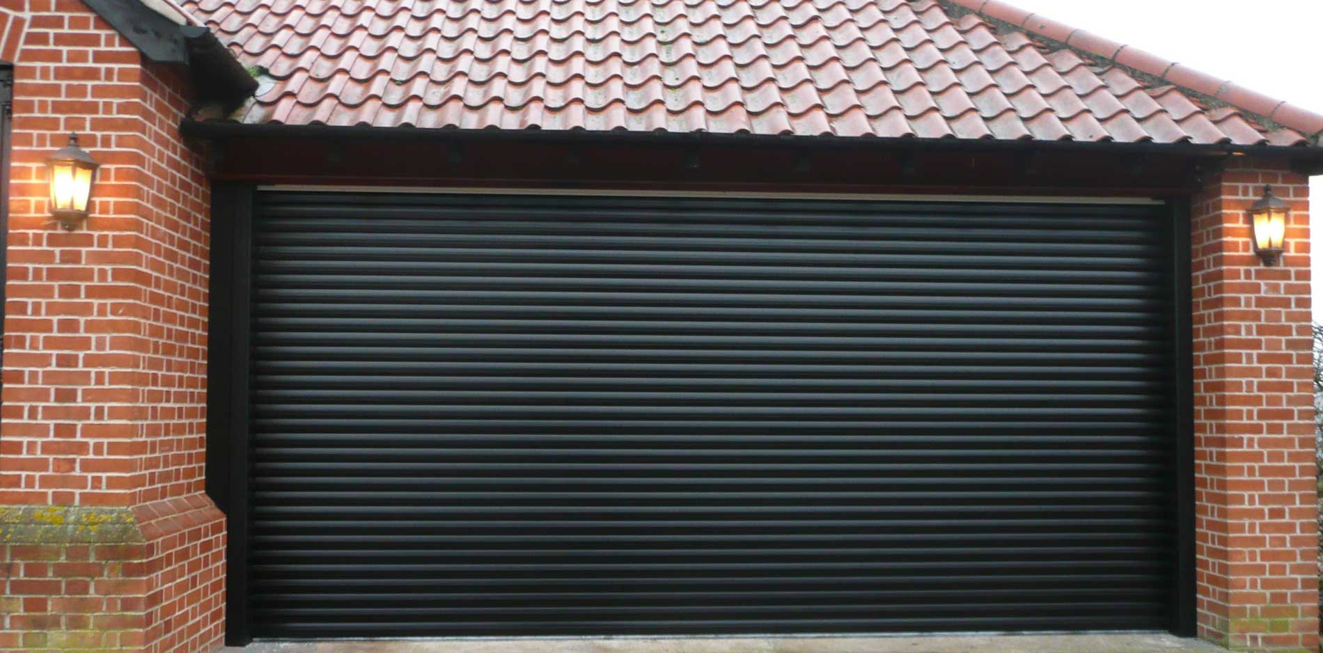 Ekta Roling Shutters and Fabrication_image0