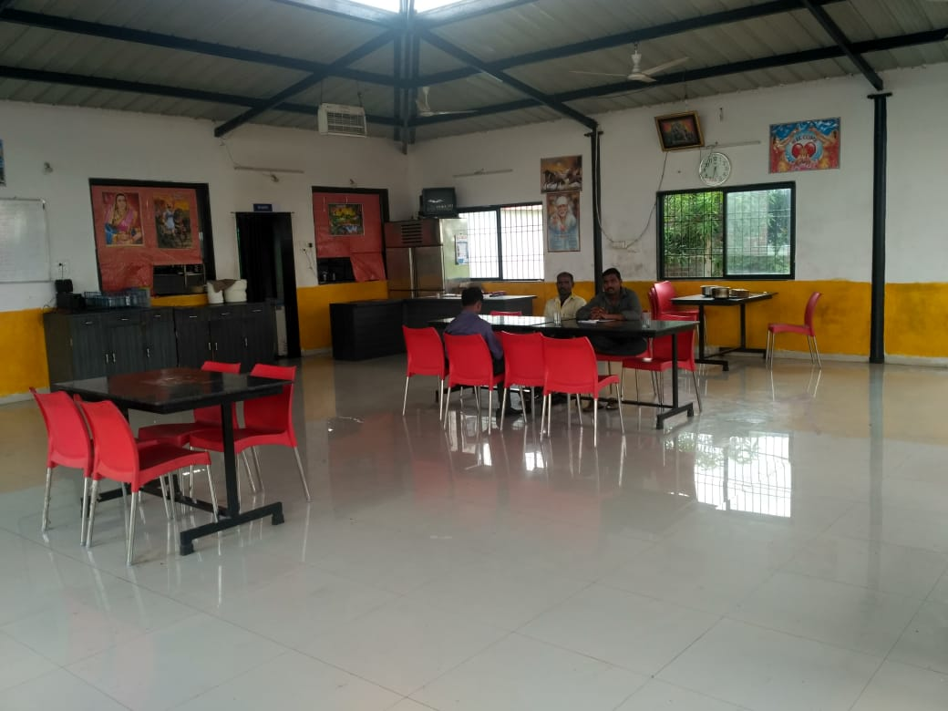 Rajmata Hotel Veg And Nonveg Family Garden Restaurant