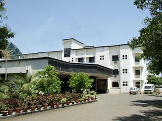 SETH NANDLAL DHOOT HOSPITAL