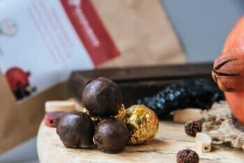 Pomegranate Chocolate Truffles 6 Pcs-Maduban