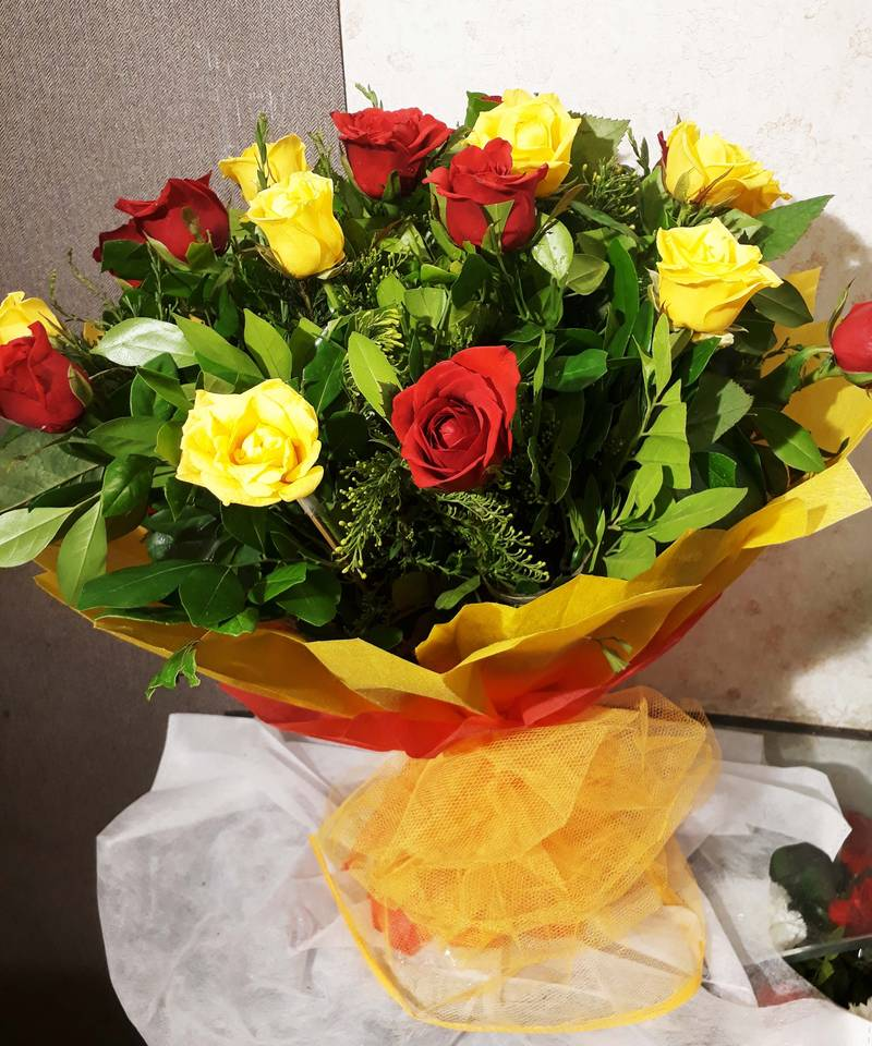 Red And Yellow Rose With Proper Wraping Bouquet