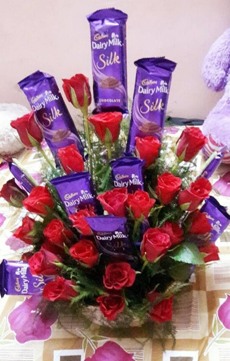 Special Combo Of Red Roses With Dairy Milk Chocolates