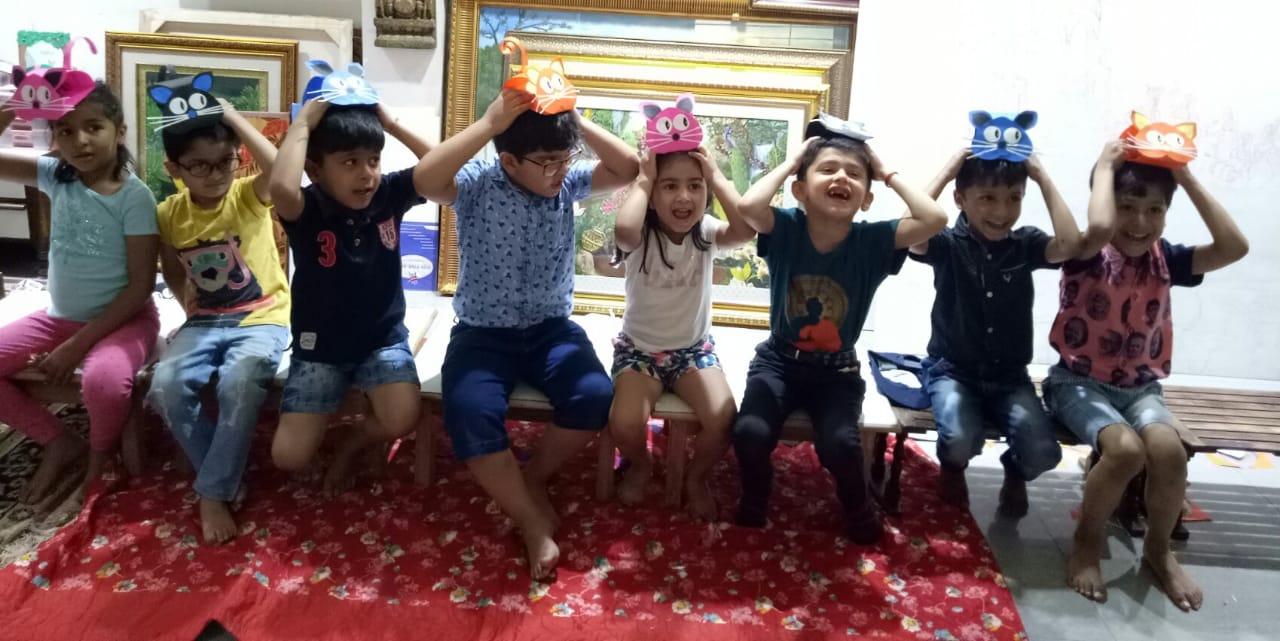 Kids Learn how to make mask in Chitrkala Art Workshop