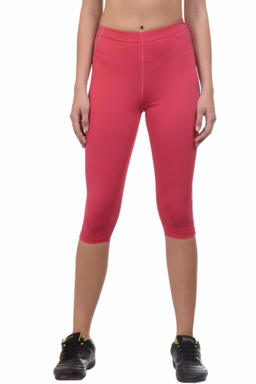 ARMR Women Coral/Grey 3/4th Capris
