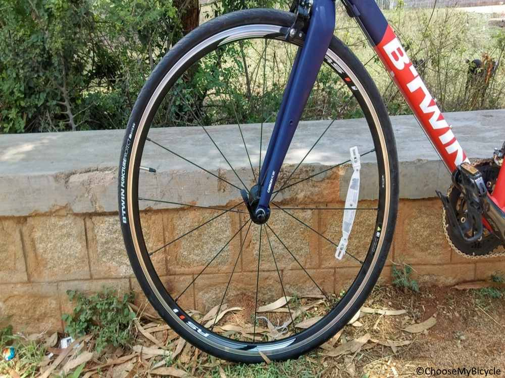 Btwin Triban 540 Road Bike CN (2017) Review