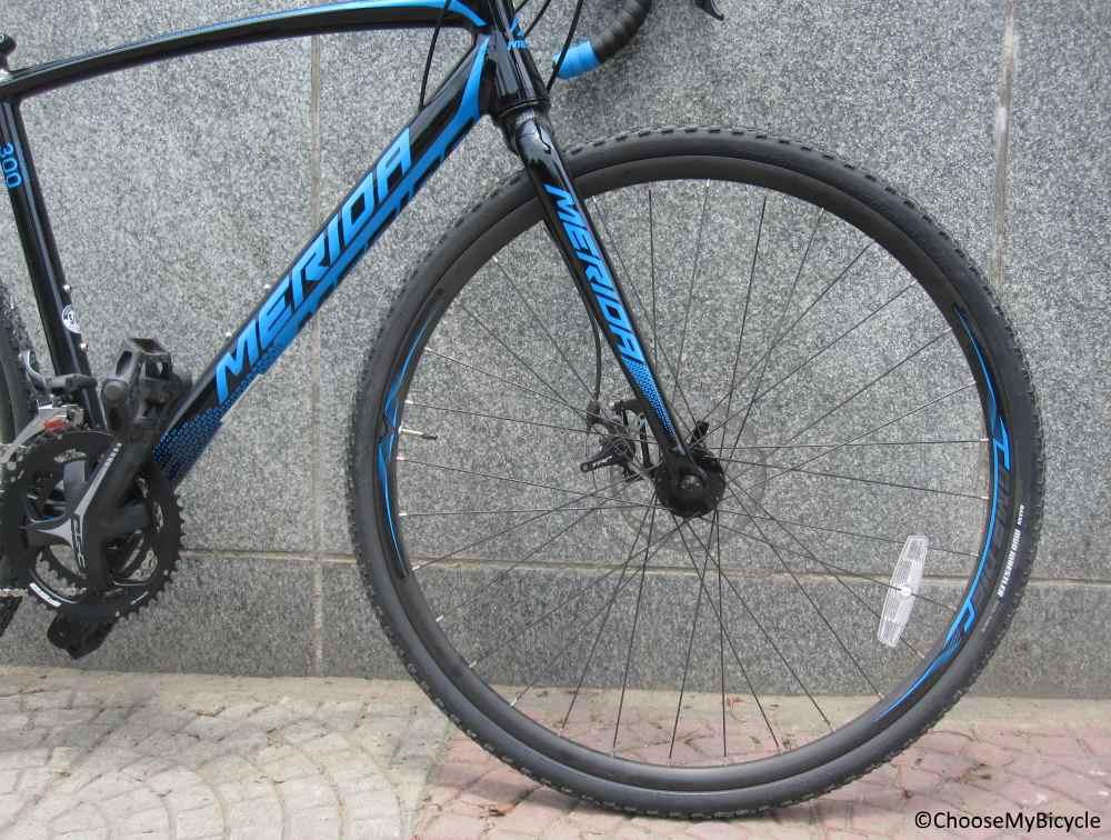 Merida Cyclo Cross 300 (2017) Tires