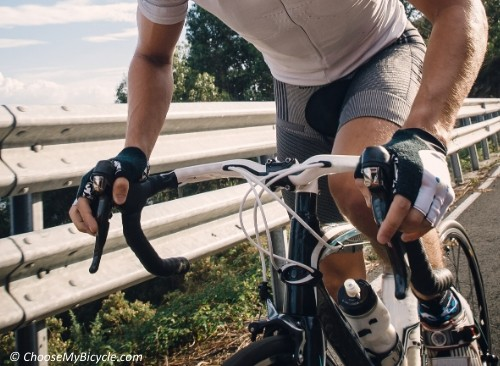 A Guide to Choosing Cycling Gloves