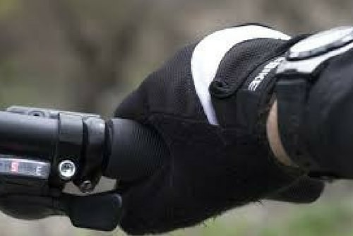 The Importance of Cycling Gloves-4