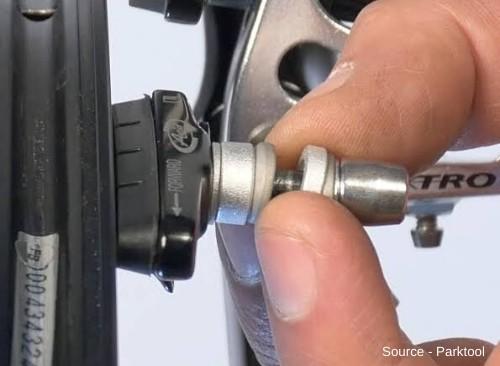 V-Brake Maintenance-3