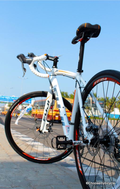 Fuji Sportif 1.3 (2014) Review