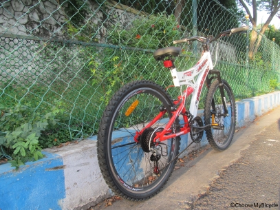 Hercules Roadeo A 200 26 (2016) Frame, Fit and Comfort