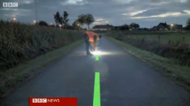 Dutch team pioneers glow in the dark roads for cyclists