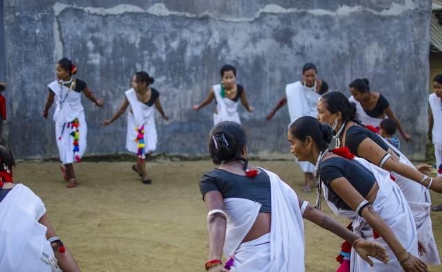 Tharu Dance Chitwan