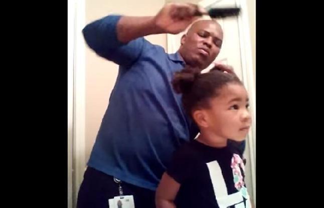 इस बच्ची के बाल बनाने वाले वीडियो को देख चुके हैं लाखों लोग
