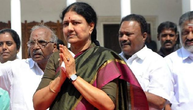 टूटा शशिकला का तमिलनाडु की मुख्यमंत्री बनने का सपना!, जाना होगा जेल