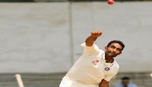 भारत बनाम ऑस्ट्रेलिया:एक ही गेंद पर बोल्ड,नो बॉल और चौका