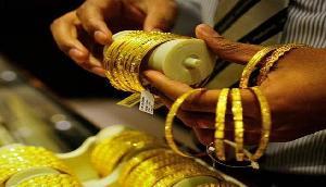 खुशखबरी: सोना और चांदी हुआ इतना सस्ता, जानें क्या है कीमत