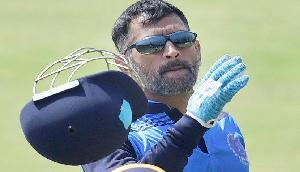 पूर्व कप्तान धोनी और उनके प्रशंसकों के लिए सबसे बुरी खबर, बीसीसीआई ने दिया तगड़ा झटका