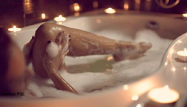 जब WhatsApp पर मांगी लड़की से नहाती हुई न्यूड तस्वीर, फिर हुआ ऐसा