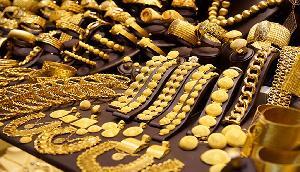 फिर बढ़ गई सोने की कीमत, अब चुकाने होंगे इतने रुपए