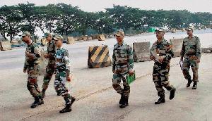 BSF की छह कंपनियां पहुंचीं चुनाव कराने, इन राज्यों पर है प्रशासन की नजर