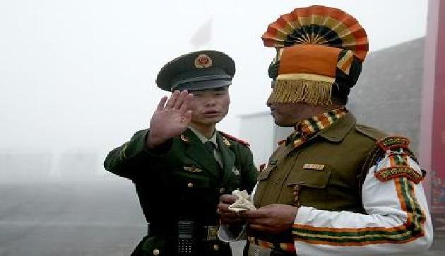 डोकलाम विवाद: भारतीय सेना का चीनी सीमा के पास गांव खाली कराने से इनकार