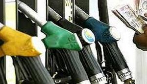 गुवाहाटी में पेट्रोल 74 के पार, डीजल भी उच्यतम स्तर पर