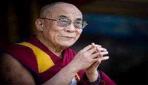 हिंदी-चीनी भाई-भाई की भावना का सम्मान करें दोनों देश : दलाई लामा