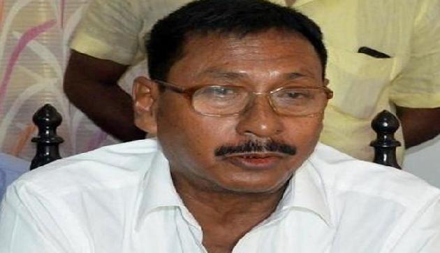 हिंदू-बांग्लादेशियों को लेकर भाजपा नेता का बड़ा बयान, कहा इसलिए कर रहे हैं समर्थन