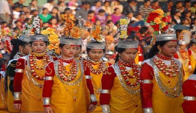 इस जनजाति में चलता है सिर्फ औरतों का राज, कर सकती हैं कई मर्दों से शादी