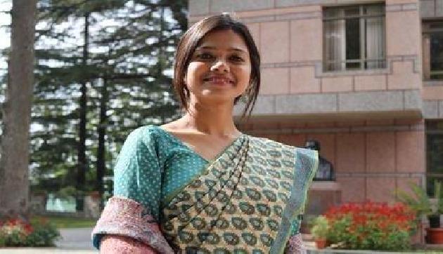 असम की शान IAS अनन्या दास, पहली बार में ही 16 वी रैंक से एग्जाम किया था पास