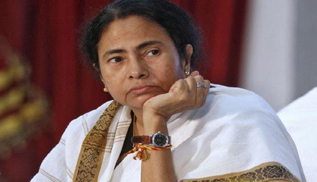 अवैध बांग्लादेशियों पर दीदी इतना प्यार क्यों उड़ेल रही है?