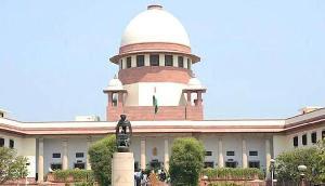 Supreme court  ने पूछाः परिजनों से अलग कर विदेशियों को हिरासत केंद्र में क्यों रखा