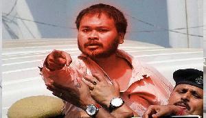 PM मोदी पर भड़के अखिल गोगोई, लगाया ऐसा बड़ा आरोप