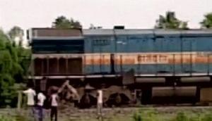 रेलवे क्रॉसिंग पार करते वक्त ट्रेन से भिड़ा टेम्पो, एक की मौत
