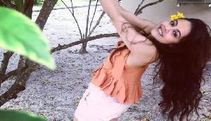 BIGG BOSS 13: 'डांस इंडिया डांस 2' से 'गोपी बहू' तक, विवादों से भरा रहा है Devoleena का सफर