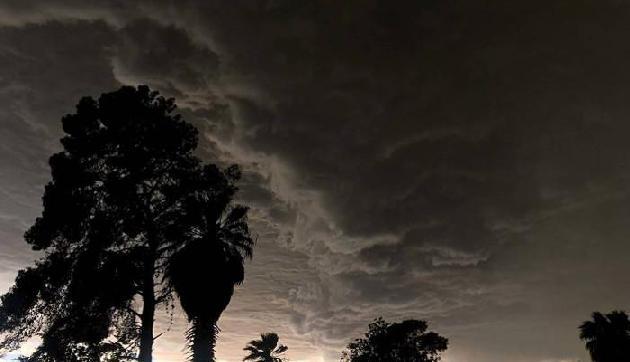 आने वाले 24 घंटों में पूर्वोत्तर समेत कई राज्यों में भारी बारिश का अनुमान