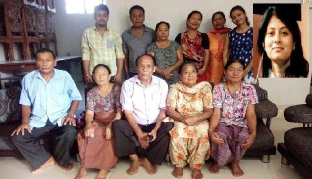 IAS  अधिकारी ने 50 वर्ष से बिछड़ी महिला को परिवार से मिलवाया, कायम की अनोखी मिसाल
