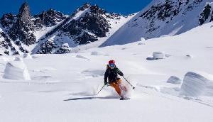 2510 मीटर की ऊंचाई पर स्थित है हिमाचल का यह स्थल, ठण्ड में होता है खास