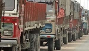 असम में बढ़ सकता है कॉमर्शियल वाहनों का किराया, मेघालय में रिपेयरिंग पर लगा बैन