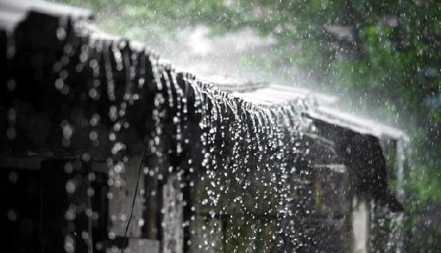 आंधी और गरज के साथ ओलावृष्टि के आसार, होगी भयंकर बारिश