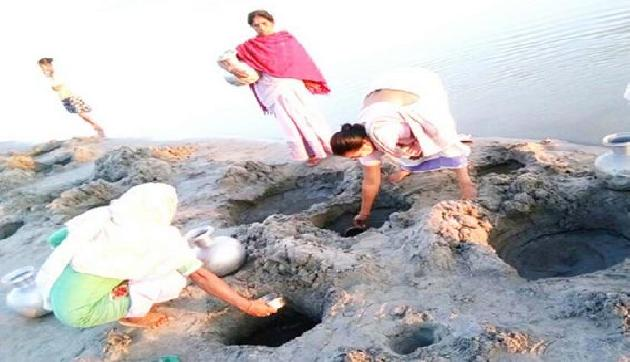 मोदी सरकार के इस राज्य में पानी के लिए मचा हाहाकार, तस्वीरें हैरान कर देंगी