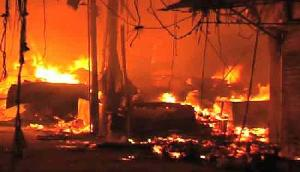 असम के डिमाकुछी में लगी भीषण आग, करोड़ों का नुकसान